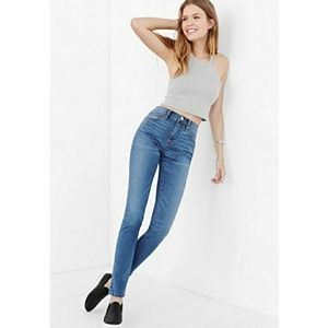 BDG Twig High Rise Skinny Jeans Size 28